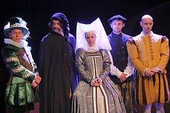 hra Zamilovaný Shakespeare v Městském divadle ve Zlíně.