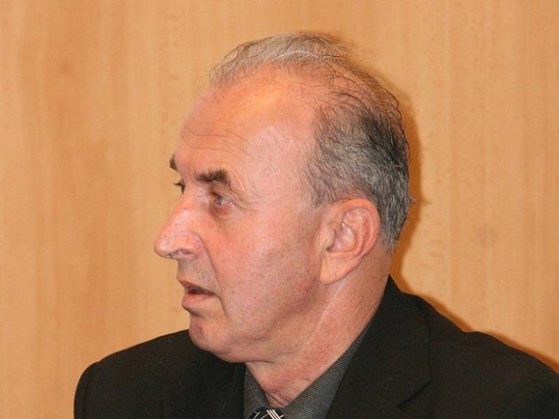 Pavel Valoušek u soudu.