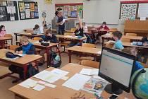 Děti ze ZŠ Emila Zátopka Zlín jsou zpět ve škole.