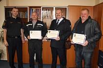 Krajský ředitel děkoval končícím hasičům