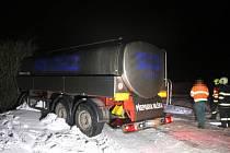 Nehoda cisterny u Hřivnova Újezdu