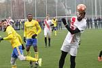 Fotbalisté prvoligového Zlína (žluté dresy) ve druhém přípravném zápase porazili slovenskou Sereď 2:1