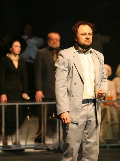 Smrt Hippodamie na prknech zlínského městského divadla.