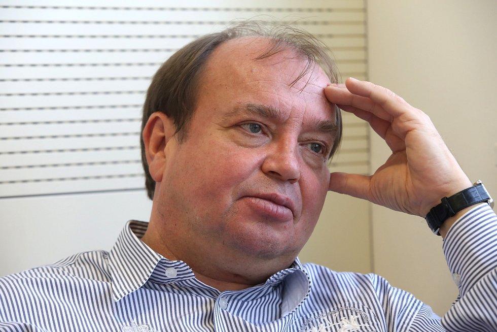 Dirigent Leoš Svárovský