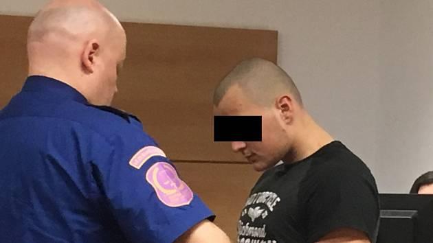 Obžalovaný Daniel si u zlínského krajského soudu vyslechl čtyři roky nepodmíněně.