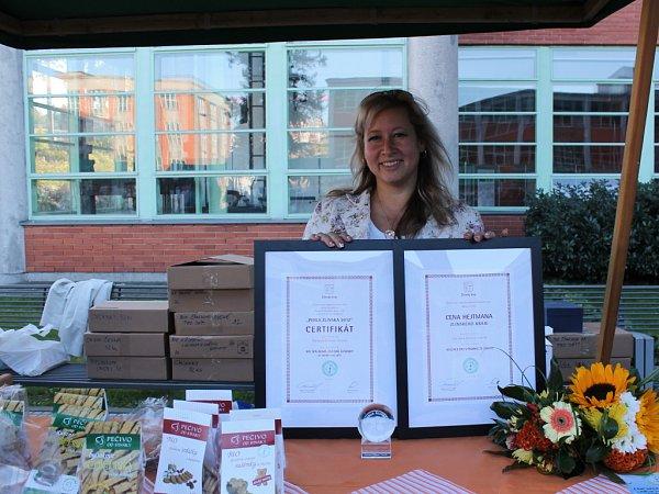 Vítězka ceny hejtmana Zlínského kraje paní Stanislava Elšíková a zároveň jedna zoceněných Perlou Zlínska