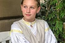 Dvanáctiletá Julinka Vajdáková patří mezi deset nejlepších zpěváků lidových písní v republice.