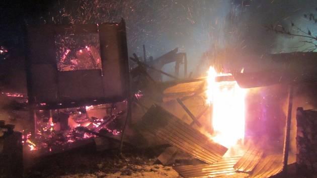 Požár v Jasenné zničil pilu