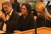 Vladimír Březina (vlevo) u soudu ve Zlíně. Ilustrační foto