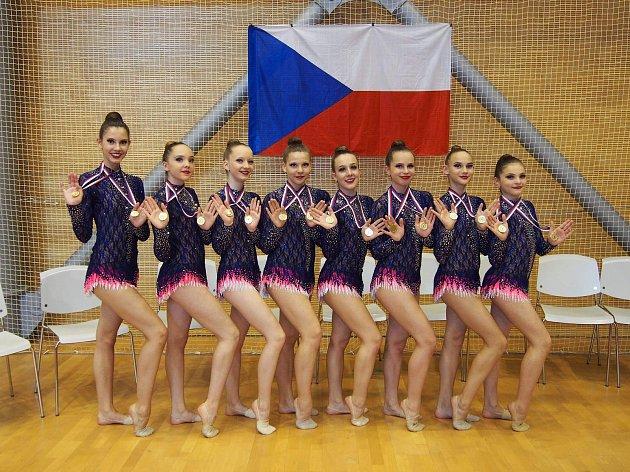 Mladé zlínské moderní gymnastky po parádní sezoně čeká v Budapešti mistrovství světa.