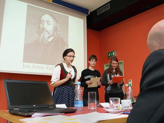 Krajské kolo soutěže o nejlepšího učitele Zlatý Ámos vyvrcholilo v sídle zlínského krjaského úřadu v úterý 7. února.