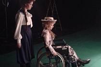 Jak se zlínské divadlo pere s nemocemi a úrazy herců