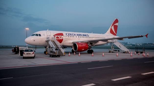 Airbus A319.