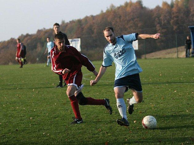 Fotbal Jaroslavice (světle modří). Ilustrační foto
