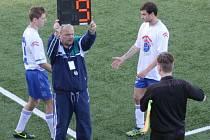 Fotbalové týmy budou moci během zápasů až pětkrát střídat. Bude nové pravidlo ve prospěch fotbalu, nebo jej budou zneužívat?