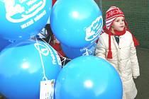 Přejeme si. Vypouštění balónků s dopisy pro Ježíška ve Fryštáku