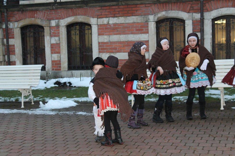 Vánoční jarmark ve Fryštáku.