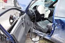 Hasiči likvidují následky dopravní nehody v Horní Lidči