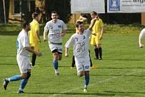 Malenovický Jan Dorotík se raduje z prvního gólu na 1:0, který otevřel střelnici proti Lukovu.
