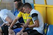 Fotbalisté Zlína (ve žlutých dresech) zakončili sezonu domácí výhrou nad Libercem 3:1.