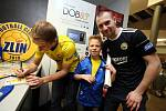Fanshop fotbalistů FC FASTAV Zlín v obchodním centru Zlaté jablko ve Zlíně.
