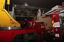 Požár průmyslového objektu v obci Štítná nad Vláří