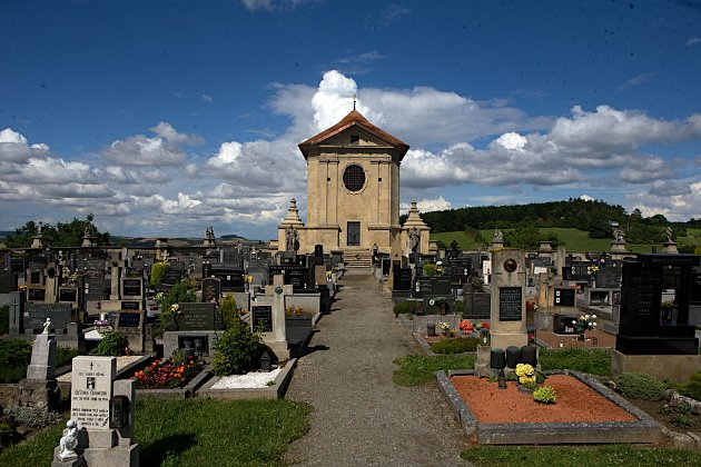 Hřbitov ve Střílkách.