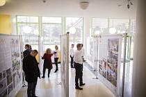 Výstava představující vítěze soutěže Vesnice roku v Baťově mrakodrapu