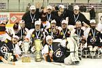 Druhé finále sledge hokejové ligy mezi Lapp Zlín - Pardubice (3:2 sn). Domácí získali třetí titul za sebou, zlatý hattrick.