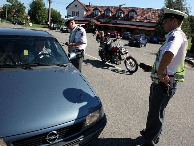 Policisté se zaměřili na alkohol za volantem