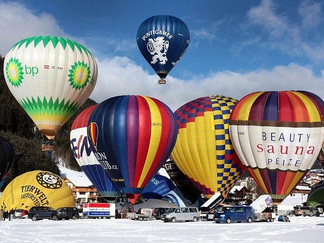 6. Hanneshof Balloon Trophy Filzmoos 2015  Mezinárodní setkání balonářů v v Alpách v Rakousku.  Start z městečka Filzmoos.