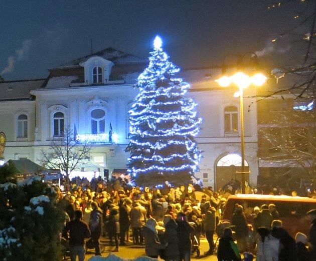 Vánoční strom Valašské Klobouky