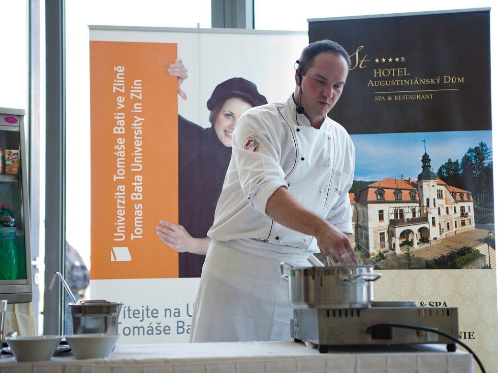Univerzita Tomáše Bati zahájila spolupráci s wellness hotelem Augustiniánský Dům