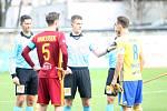 Fastav Zlín (ve žlutém) proti Dukle Praha.