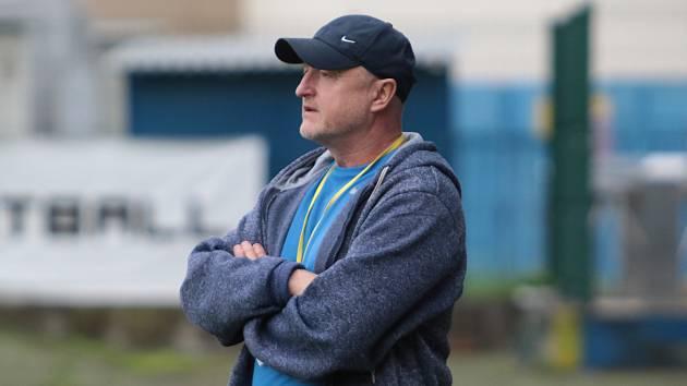 Někdejší kanonýr Uherského Brodu Vladimír Durďa ve Zlíně působil jako hráč i ředitel klubu. Nyní trénuje Nevšovou.