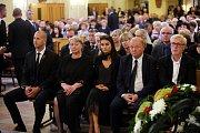 Pohřeb Jaroslava Rybky v kostele svatého Filipa a Jakuba ve Zlíně.Ivana Zemanová