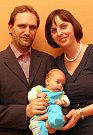 VÍTÁME TĚ MEZI NÁMI, MATĚJI! Vítání občánků - Viktor a Magda Pacholíkovi se synem Matějem.