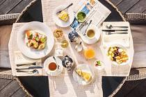 Zdravá snídaně: na stole v Augustiniánském domě nechybí ráno čerstvé ovoce, chia puding či pohanková kaše.