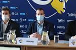 V úterý se uskutečnila tisková konference klubu PSG Berani Zlín před další extraligovou sezonu. Na snímku primátor Jiří Korec.