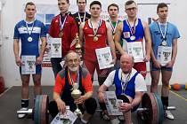 Vítězové a medailisté kat. J 23 a masters.