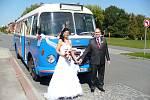 V případě svateb má využívání vozidel MHD DSZO dávnou tradici.