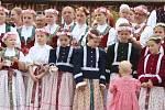 Od pátku 8. do neděle 10. května se v Luhačovicích konalo Otevírání pramenů. V neděli kněz posvětil prameny.