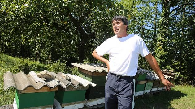 Včelař František Kytlica z Tlumačova.