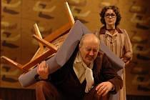 Hra Strýček Váňa v Městském divadle Zlín