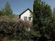 Dům ve zlínské části Podhoří, kde byli na začátku února nalezeni tři mrtví lidé.