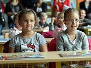 Prvňáčci ze Základní školy v Březnici.