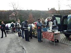 První ročník farmářského trhu ve Štípě se vydařil.