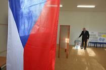 Volby 2013  Volební okrsek 74. Kancelář místní části Salaš.