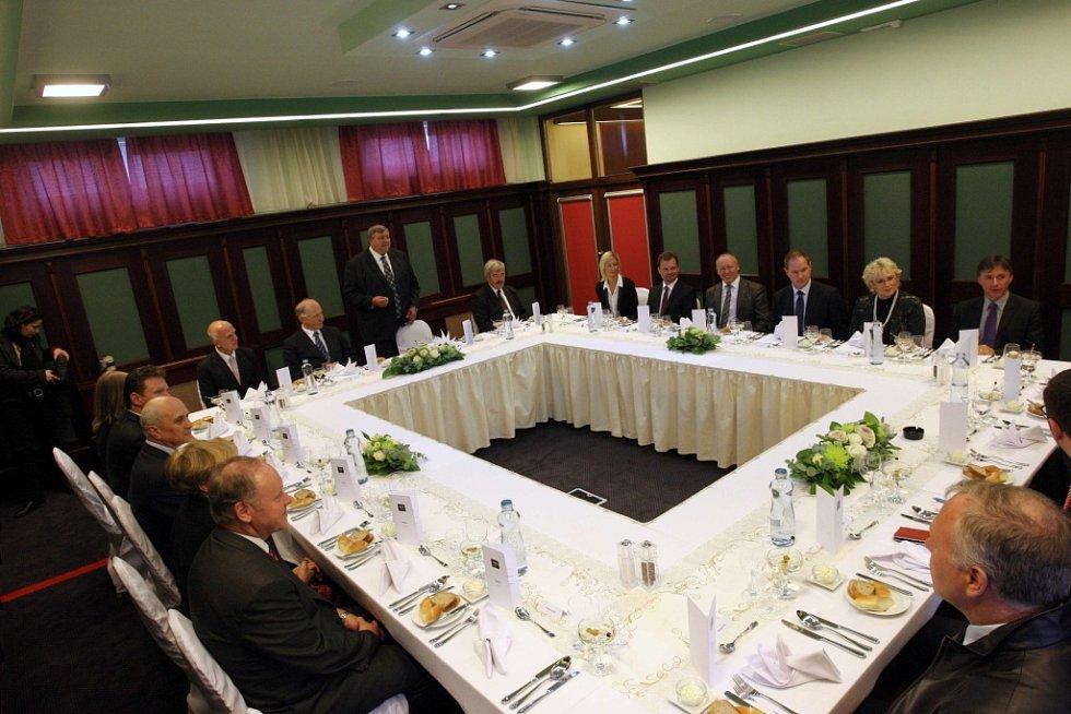 Návštěva prezidenta Miloše Zemana ve Zlínském kraji. Hotel Baltaci.