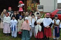 Děti z Kaňovic a folklorní soubor Skřivánek, nechybí při kulturních a společenských akcích v Kaňovicích na Zlínsku.